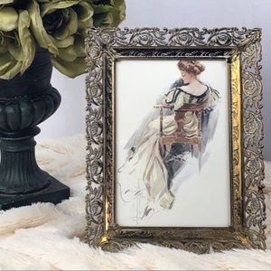 Beautiful Vintage ornate floral scroll frame